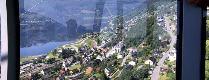 Voss Gondol is one of Orte, die Ketil gefallen.