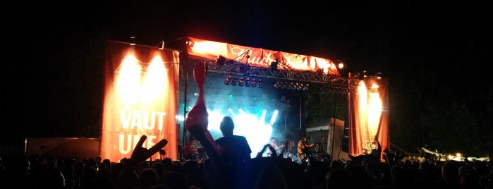 Petite-Nation Rockfest is one of Orte, die Philippe gefallen.