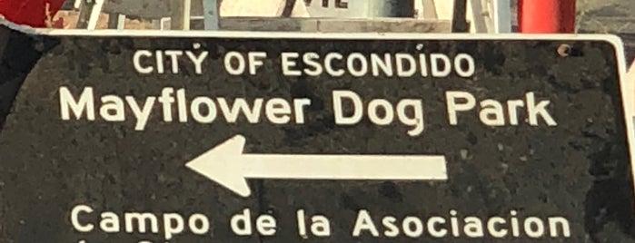 Mayflower Dog Park is one of สถานที่ที่ John ถูกใจ.