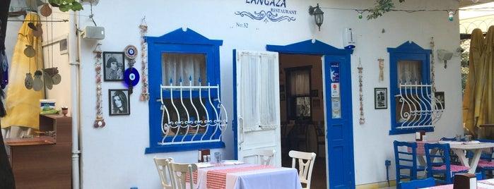 Langaza Restaurant is one of สถานที่ที่บันทึกไว้ของ Emre.