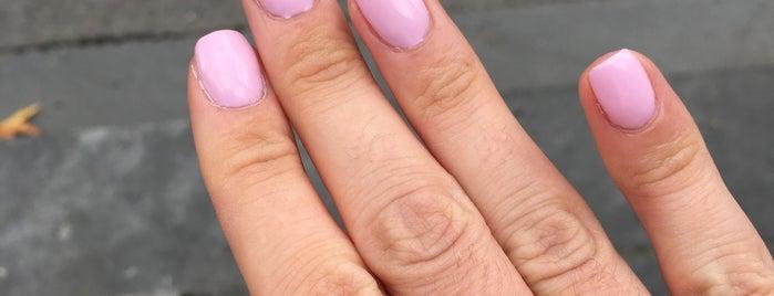 Venus Diamond Nails is one of สถานที่ที่ Sophie ถูกใจ.