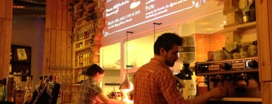 """Costello Río is one of Ruta """"gastrohipster"""" Madrid by @elmundoes."""