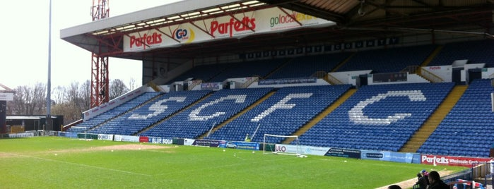 Edgeley Park is one of Tempat yang Disukai Carl.