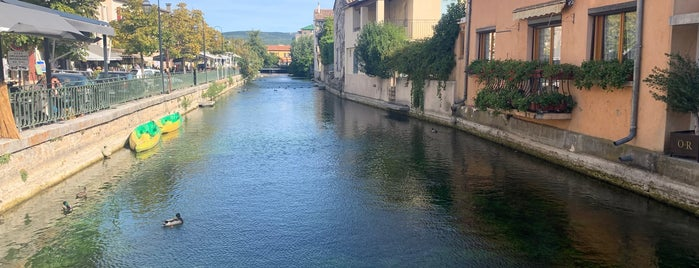 L'Isle-sur-la-Sorgue is one of Helenaさんのお気に入りスポット.