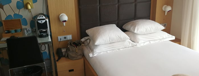Amadi Park Hotel is one of Sevket'in Beğendiği Mekanlar.