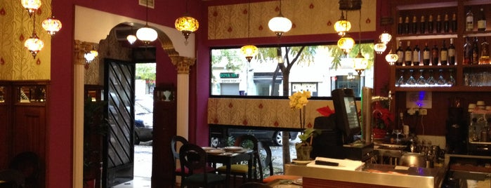 purnima indian restaurante is one of Rober.