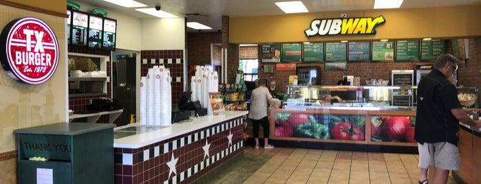 Texas Burger / SUBWAY is one of Lugares favoritos de Morten.