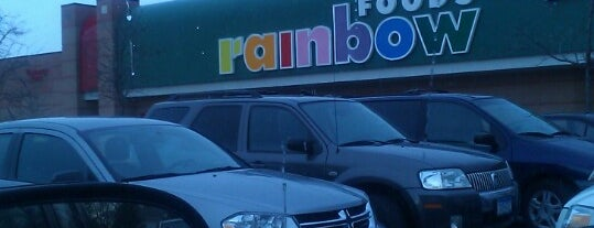 Rainbow Foods is one of Lady'ın Beğendiği Mekanlar.