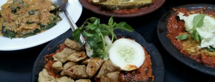 Warung Bu Kris is one of SBY Culinary Spot!.