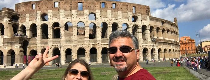Kolosseum is one of Orte, die Ferhat gefallen.