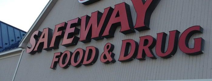 Safeway is one of สถานที่ที่ Eleazar ถูกใจ.