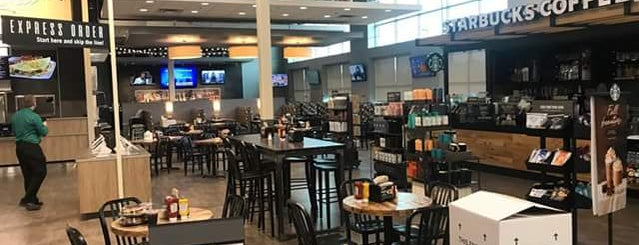 Starbucks is one of สถานที่ที่ Alan ถูกใจ.