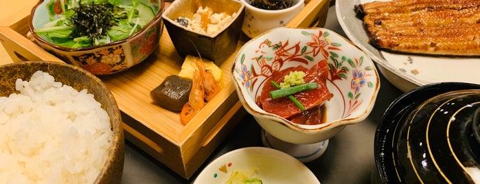 宮川本廛 赤坂宮川 is one of 食事.