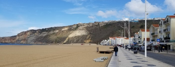 Nazaré is one of LISBON THINGS TO DO.