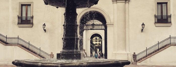 Palacio de La Moneda is one of #SantiagoTrip2.