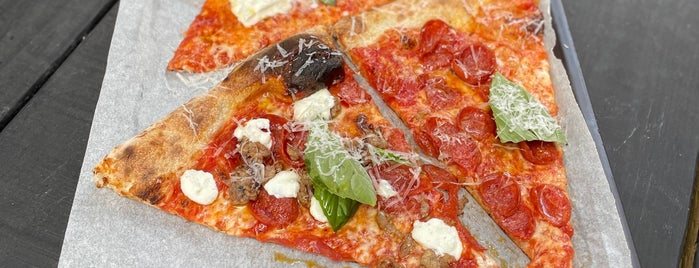 L'Industrie Pizzeria is one of Pizza.
