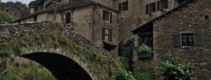 Brousse-le-Château is one of Les plus beaux villages de France.