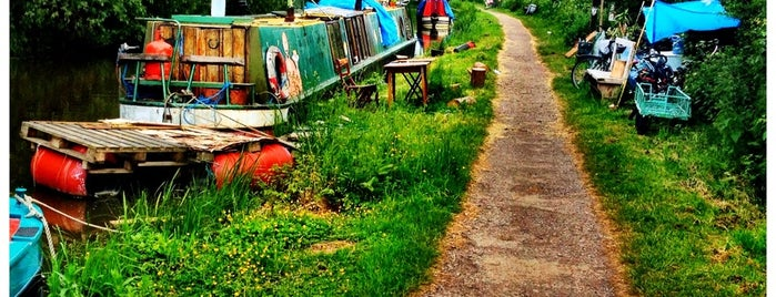 Oxford Canal is one of London.