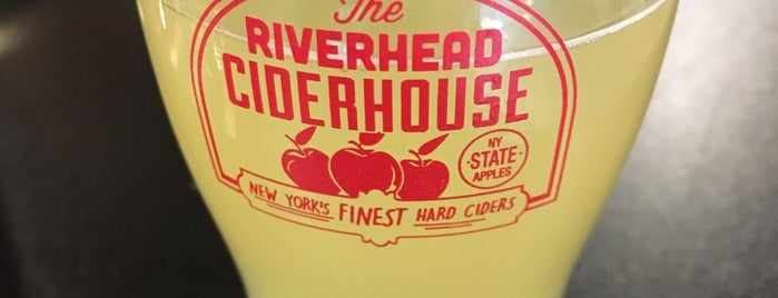 The Riverhead Ciderhouse is one of Lugares favoritos de kevin.
