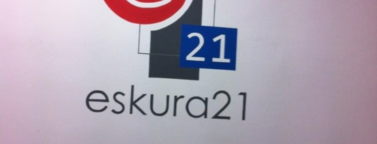 Eskura21 is one of Lieux qui ont plu à María.