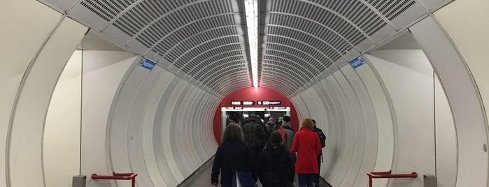 U Südtiroler Platz - Hauptbahnhof is one of TD.