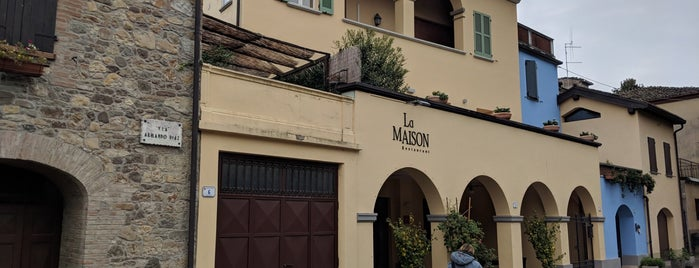 La Maison Restaurant is one of Locais salvos de Stefano.