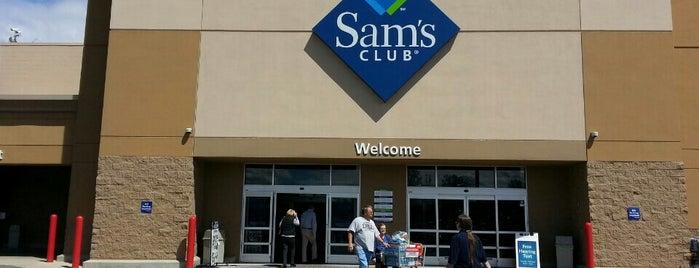 Sam's Club is one of Lugares guardados de Joshua.