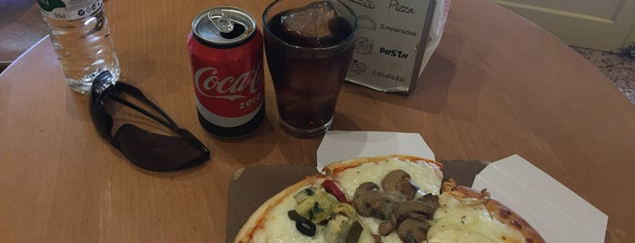 La Pizza del Born is one of Ali 님이 좋아한 장소.