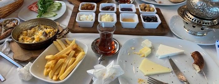 Çapali Balık&Köfte is one of Cglyn.