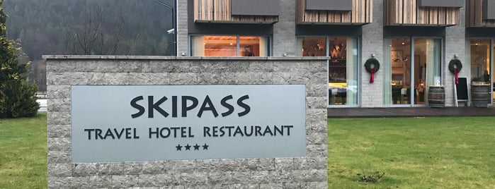 Skipass is one of Mladina Konzum 4-5.