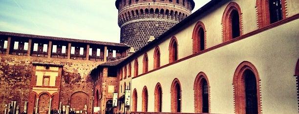 Castello Sforzesco is one of 101Cose da fare a Milano almeno 1 volta nella vita.