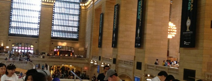 Apple Grand Central is one of New York TOP Places.