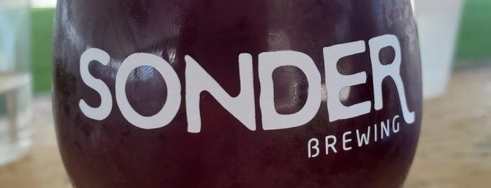 Sonder Brewing is one of Lugares favoritos de Travis.