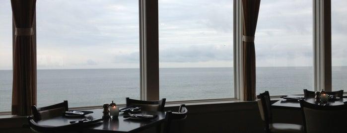 Seaglass Restaurant is one of Tempat yang Disimpan Amanda.
