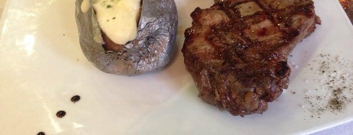 Los Troncos Steak House is one of Danilo : понравившиеся места.