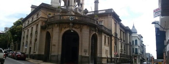 Palacio Taranco is one of Lieux qui ont plu à Mayla.