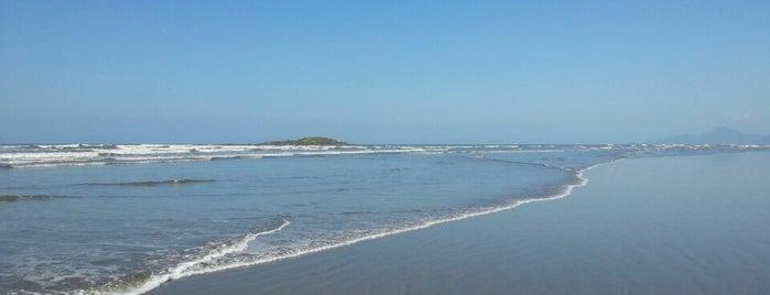 Praia das Gaivotas is one of Lugares favoritos de Raphael.
