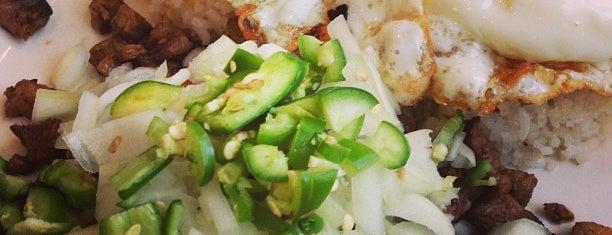 Cherry Garden Filipino & Chinese Restaurant is one of Posti che sono piaciuti a Sonnia.