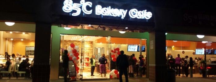 85C Bakery Cafe is one of Tempat yang Disukai Alex.