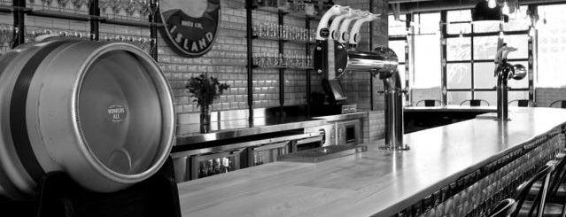 Goose Island Beer Co. is one of Beer / Ratebeer's Top 100 Brewers [2017].