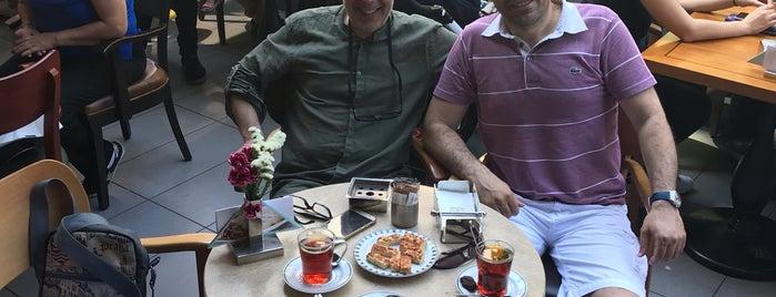 Reyhan Pastanesi Alsancak is one of İzmir'de hafta sonu.