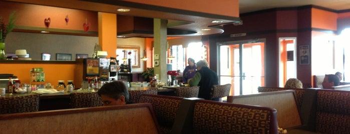 Leena's cafe is one of Orte, die Lisa gefallen.