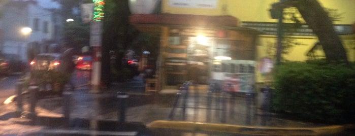 La Esquina del Café is one of Lugares guardados de Xareni.