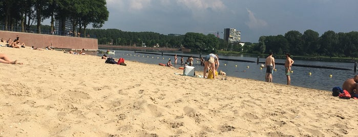 Strand Sloterplas is one of elianeroest 🙋🏻♀️さんのお気に入りスポット.