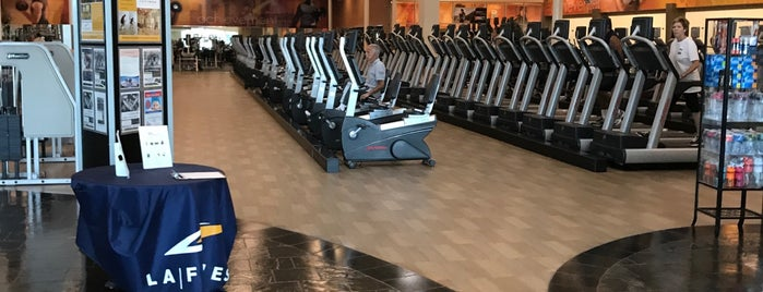 LA Fitness is one of Banbinoさんのお気に入りスポット.