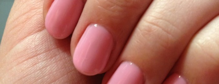 Gel-q Nails is one of Locais salvos de Tasia.