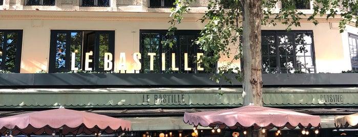 Le Bastille's Pub is one of Lugares guardados de Galina.