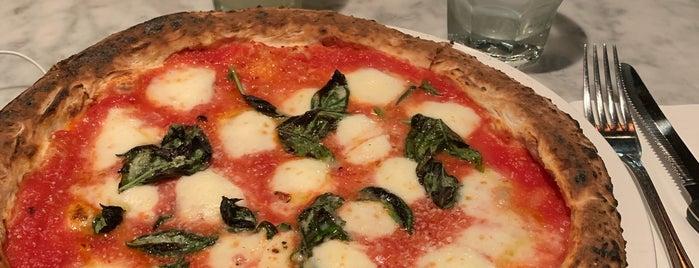 Motorino Pizzeria is one of Locais curtidos por Katrina.