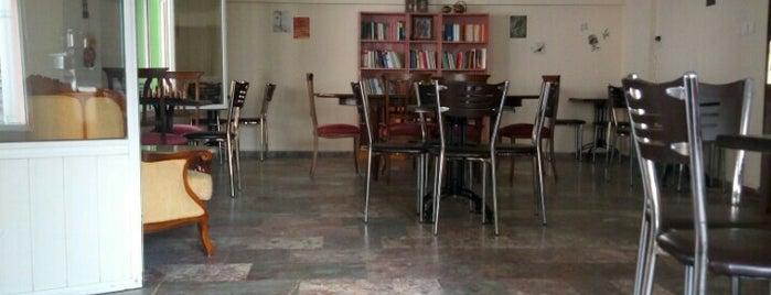 Sidre Kitap Kahve is one of Kitap-Kahveler İstanbul.