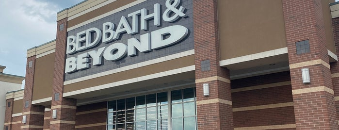 Bed Bath & Beyond is one of check ins.